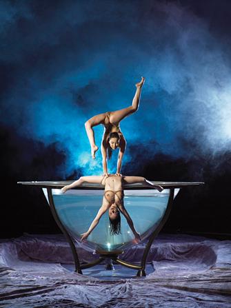 Billets pour Zumanity du Cirque du Soleil - Acrobats