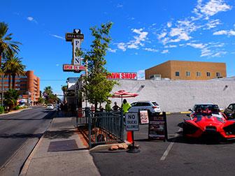 Bus touristique Big Bus à Las Vegas - Pawn Store